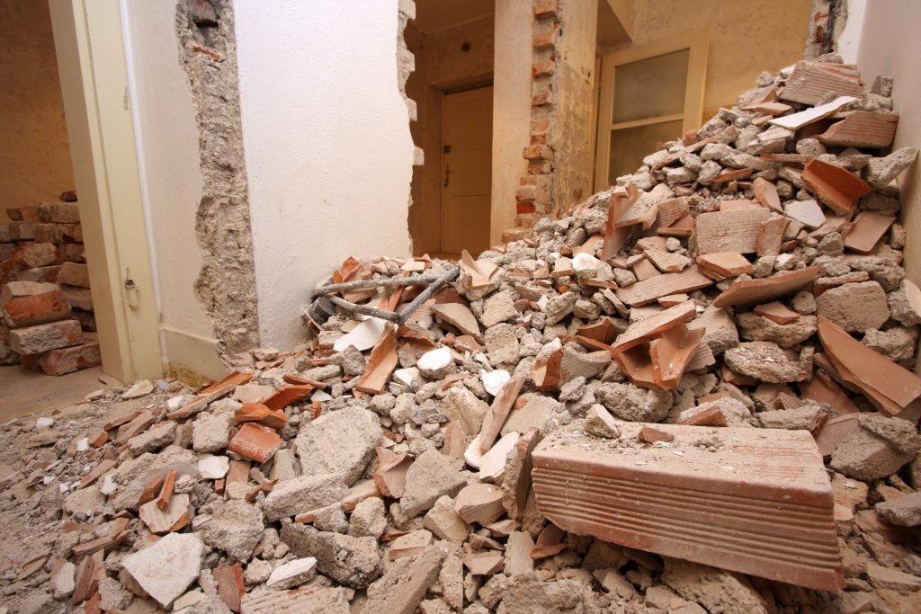 Co zrobić z odpadami budowlanymi po remoncie?